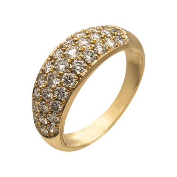 Bague Penrose type jonc en or jaune 750/1000ème, accompagnée d'un pavage de 31 Diamants taille brillant.